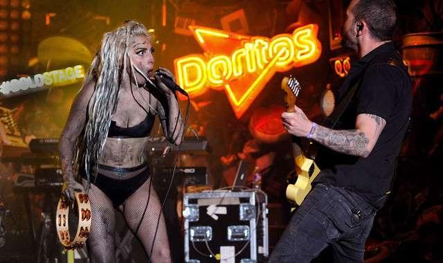 Bruce Dickinson de Iron Maiden dice Lady Gaga es mejor que Madonna