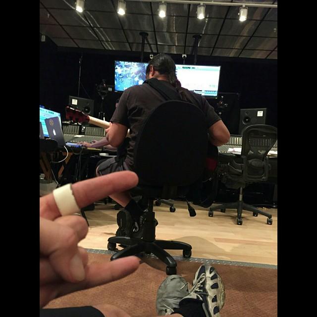 Fotografia instagram metallica en el estudio preparando disco 2015