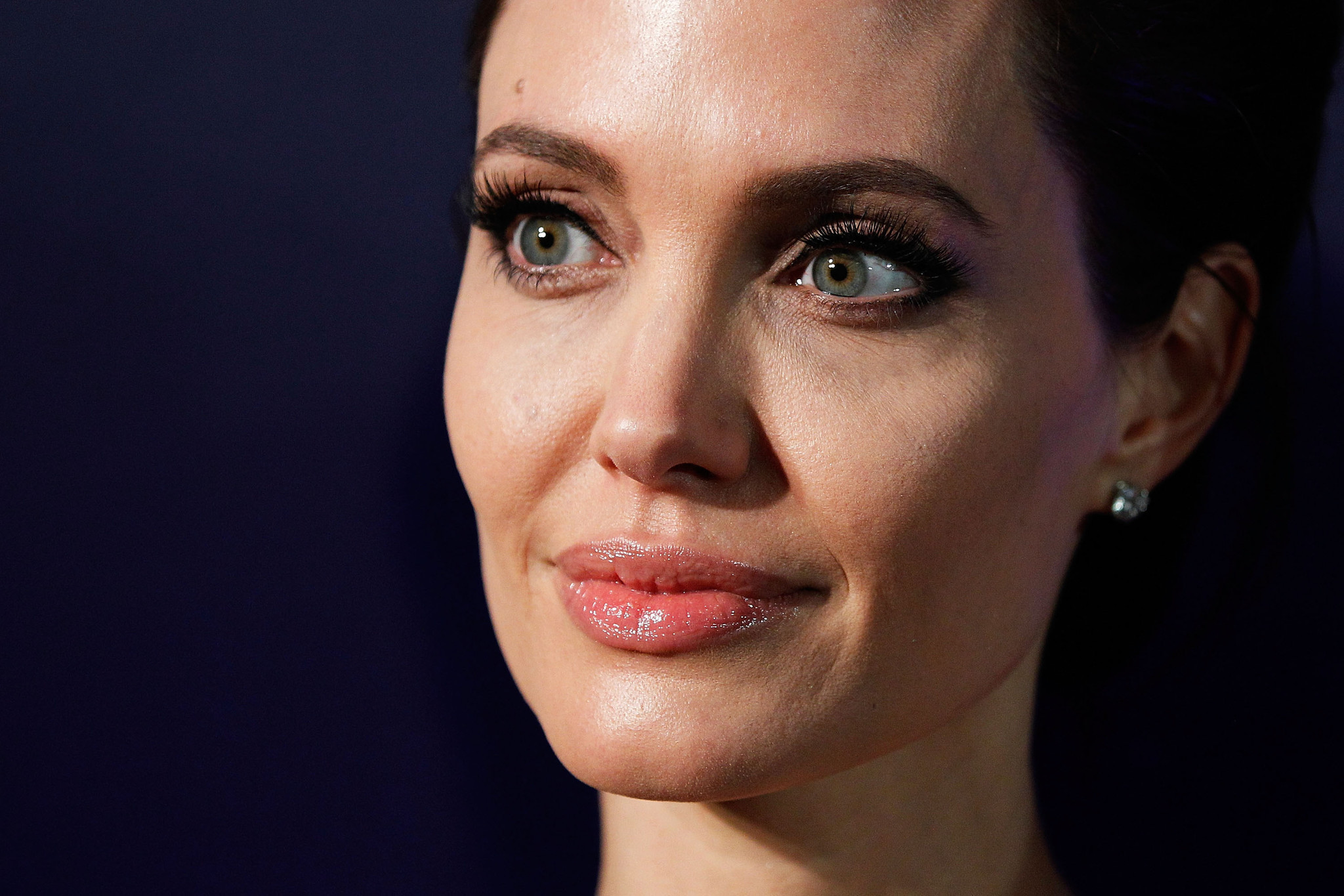 SYDNEY, AUSTRALIA - NOVEMBER 17:  Angelina Jolie arrives at the world premiere of Unbroken at the State Theatre on November 17, 2014 in Sydney, Australia.  (Photo by Brendon Thorne/Getty Images) ** OUTS - ELSENT, FPG - OUTS * NM, PH, VA if sourced by CT, LA or MoD **