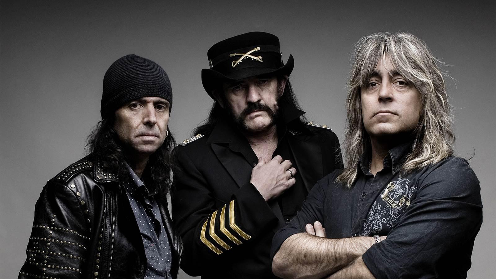 Muere Lemmy Kilmister a los 70 años lider de la banda de metal Motörhead 2015