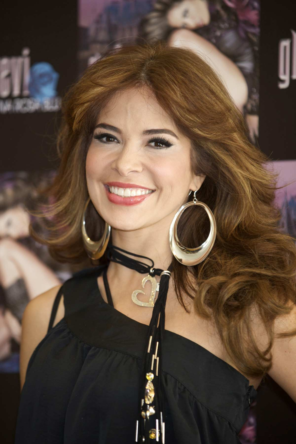 fotos de gloria trevi 2