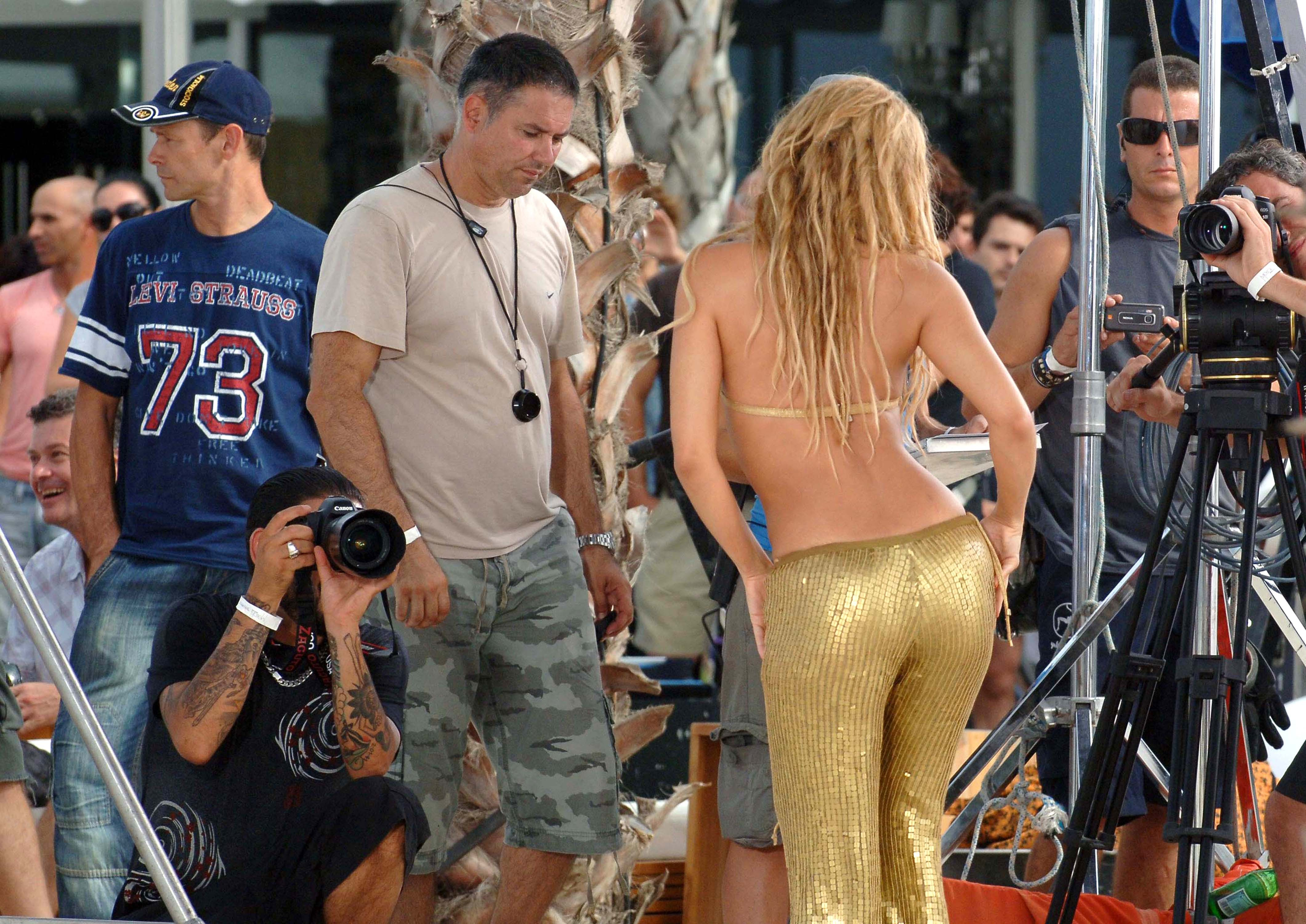 Shakira on the set of her new music video Barcelona, Spain - 19.08.10 **Available for publication in UK. Not for publication in the rest of the world** Mandatory Credit: WENN.com