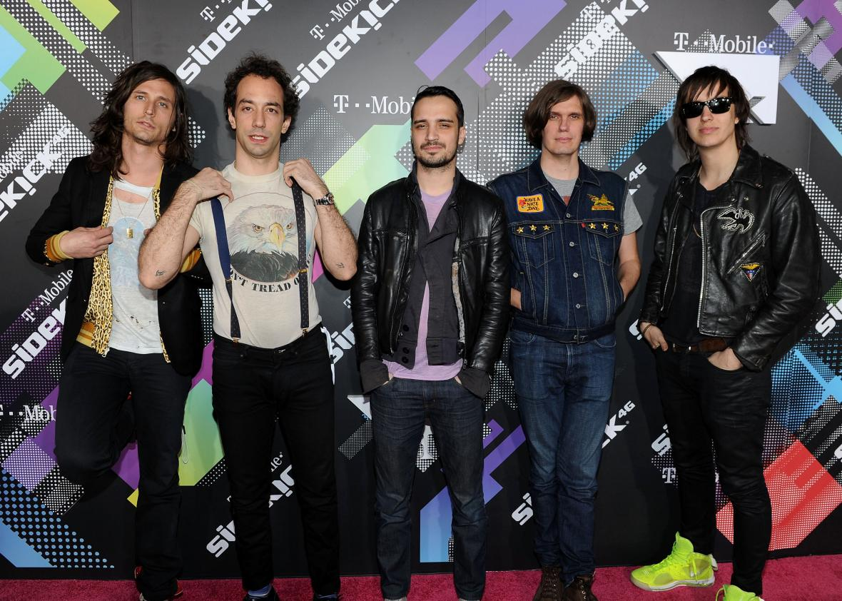 future present past nuevo album 2016 the strokes