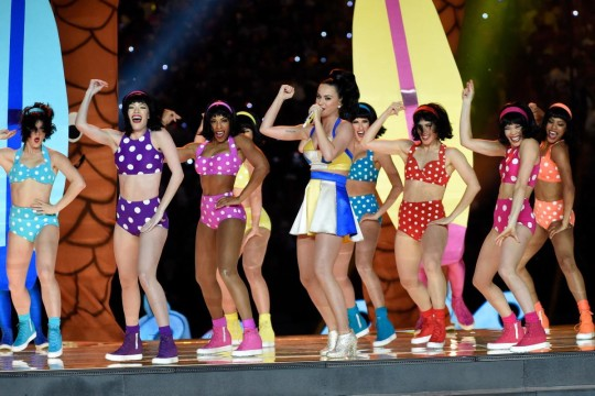 katy-perry-performs-super-bowl-halftime (2)