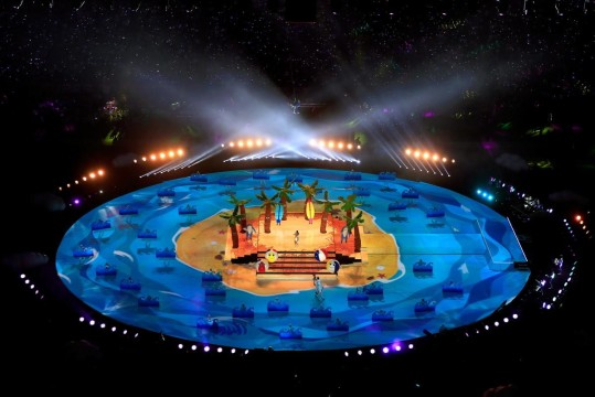 katy-perry-performs-super-bowl-halftime (6)