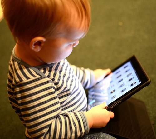 nic3b1o-con-tablet