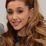 Ariana-Grande-Grammy-Awards-2014-12