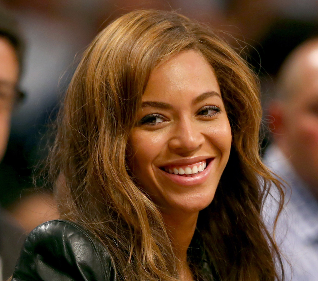 NEW YORK, NY - MAY 02:  Beyonce attends Game Six of the Eastern Conference Quarterfinals during the 2014 NBA Playoffs at the Barclays Center on May 2, 2014 in the Brooklyn borough of New York City. NOTE TO USER: The Brooklyn Nets defeated the Toronto Raptors 97-83. User expressly acknowledges and agrees that, by downloading and/or using this photograph, user is consenting to the terms and conditions of the Getty Images License Agreement.  (Photo by Elsa/Getty Images)